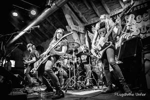 B&W-Lost-in-Pain-Rockzilla2015-by-Lugdivine-Unfer-3409