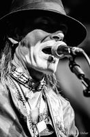 B&W-CarlWyatt-and-TheDeltaVoodooKings-BluesnRockinBeaufort-Luxembourg-13082016-by-Lugdivine-Unfer-34