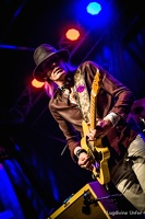 color-CarlWyatt-and-TheDeltaVoodooKings-BluesnRockinBeaufort-Luxembourg-13082016-by-Lugdivine-Unfer-474